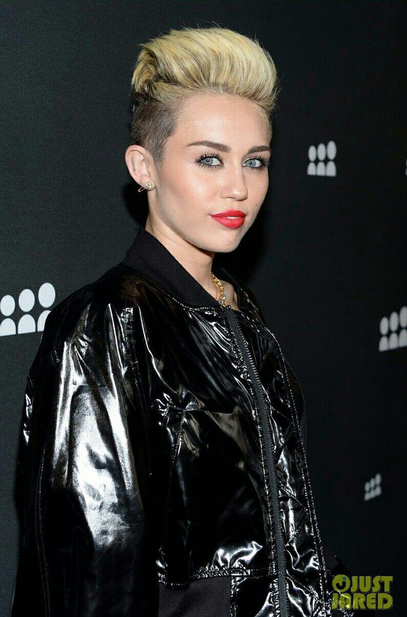 MileyCyrus ☮️에 있는 Rachel H Jang 💖님의 핀