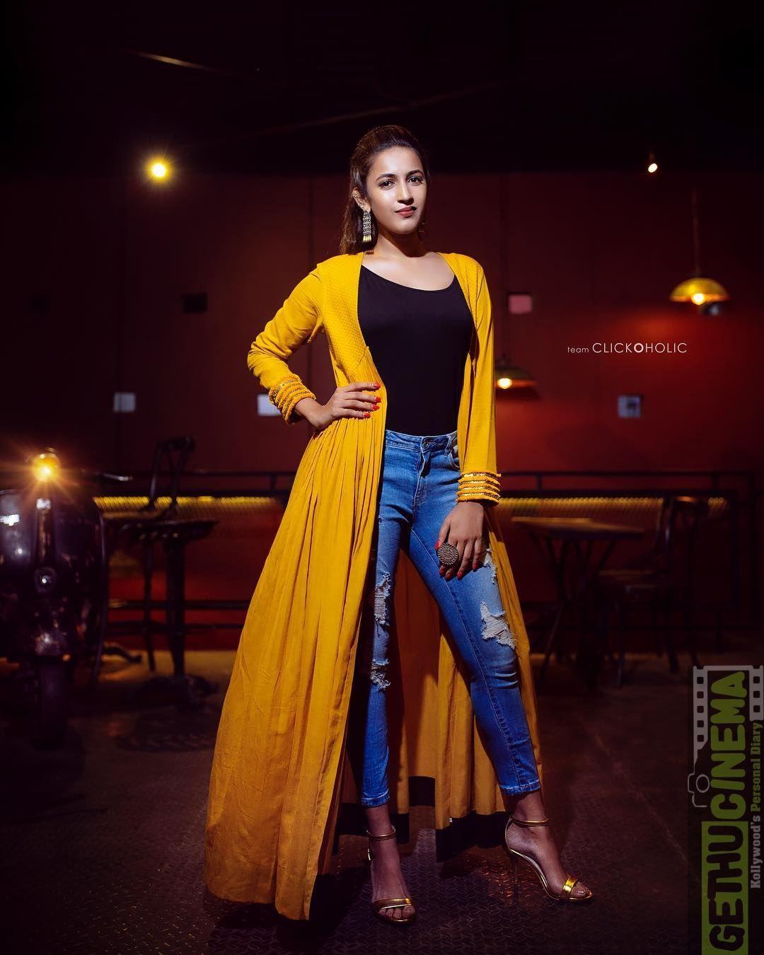Actress Niharika Konidela 2018 New HD Images Actresses