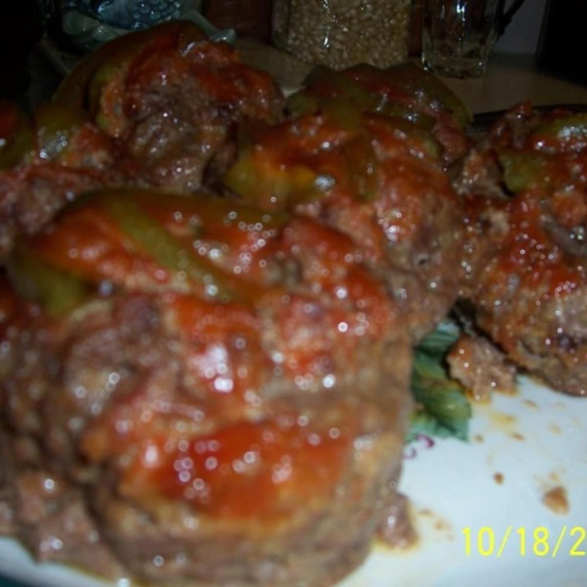 Mom S Meatloaf In Jumbo Muffin Cups Recipe Mom Meatloaf Jumbo Muffins Meatloaf
