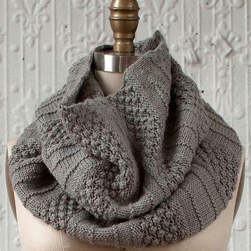 "100% Wool Grey Tube Scarf ""Gala""  van Golden Hands op DaWanda.com"