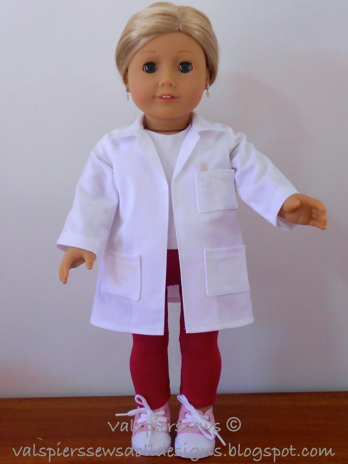 American girl doll clothes. Doll lab coat for 18\