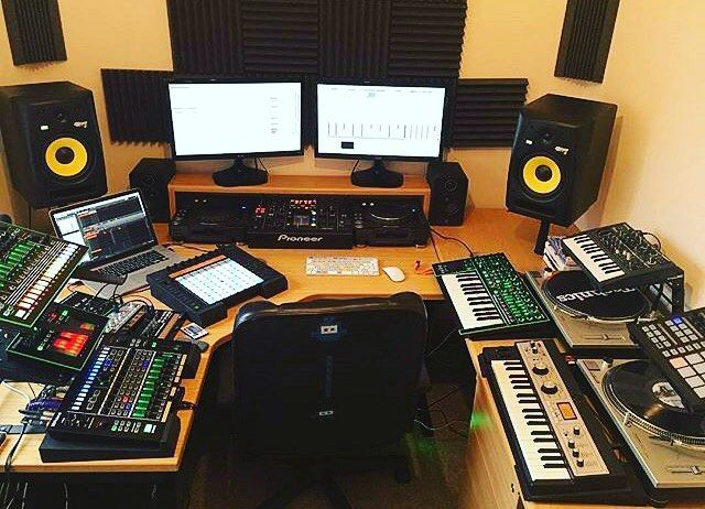 Cool Studio For Dj S Music Producer Roland