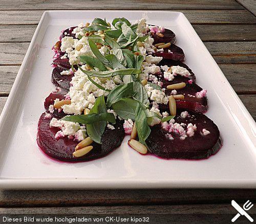 Rote Bete Salat mit Schafkäse & Balsamico – Dressing von kipo32 | Chefkoch