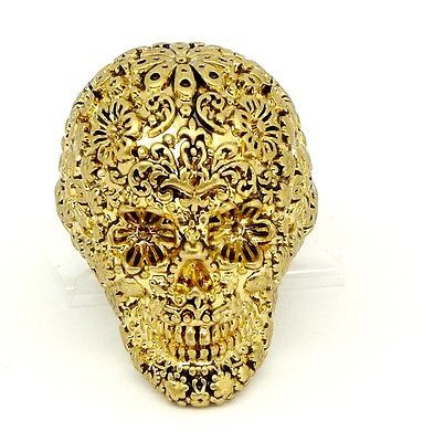 Disney Couture Pirates Gold-plated Skull Ring ***want this soo bad! I love it***