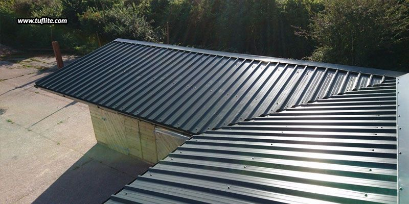 How To Build A Corrugated Sheet Roof Tuflite Polymers In 2020 Roofing Sheets Corrugated Roofing Corrugated