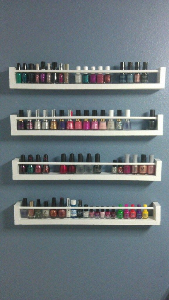 vernis sur tag re pices nail polish on a spice rack rangement vernis ongles nail. Black Bedroom Furniture Sets. Home Design Ideas