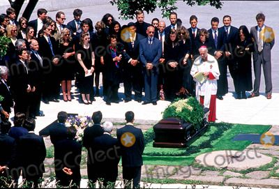 jackie kennedy onnassis funeral photos | Jackie Onassis Picture - Jacqueline Kennedy Onassis Burial Arlington ...