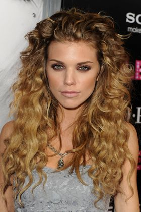 2016 Long Curly Hairstyles Women