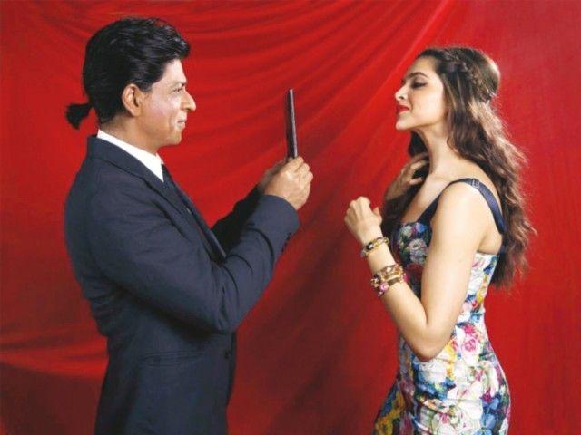 Deepika Padukone Is Now An All Rounder Farah Khan The Express Tribune Happy New Year Movie Deepika Padukone Shahrukh Khan