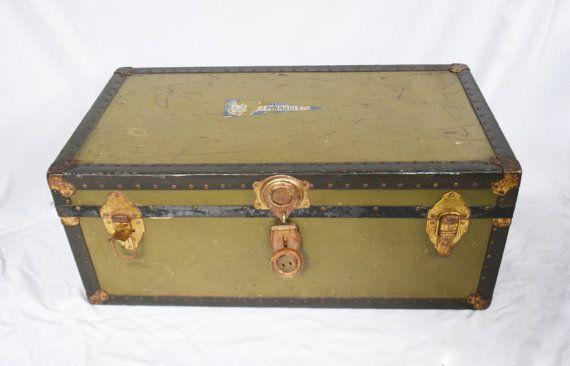 Vintage Metal Trunk, Metal Suitcase, Footlocker, Storage, Metal Chest,  Shipping Trunk