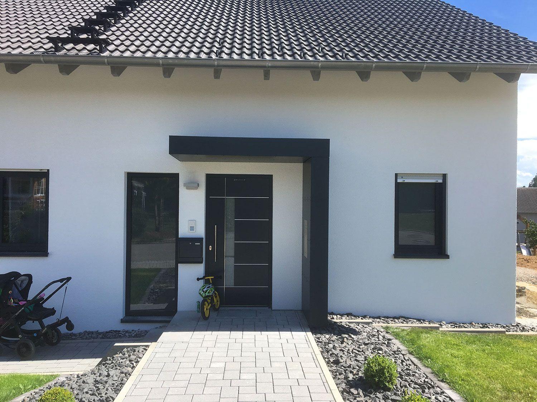 Photo of Eingangsüberdachung, Eingang , Vordach für Haustüren von Siebau