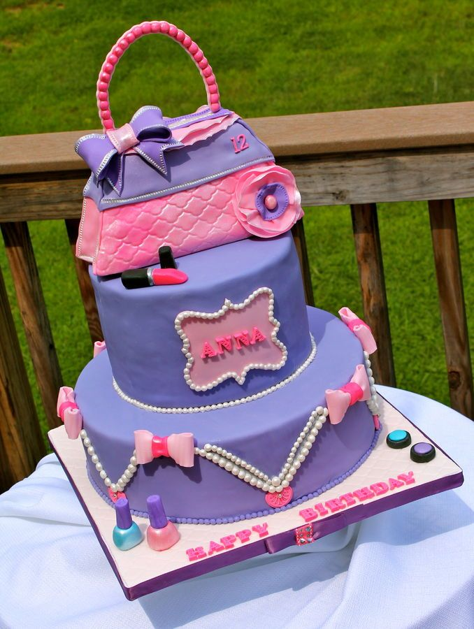 Made This Fashion Cake For My Little Girl Who Turned 12 Weekend Such A Fun To Make The Purse Is From Rice Crispy Treats And Fondant