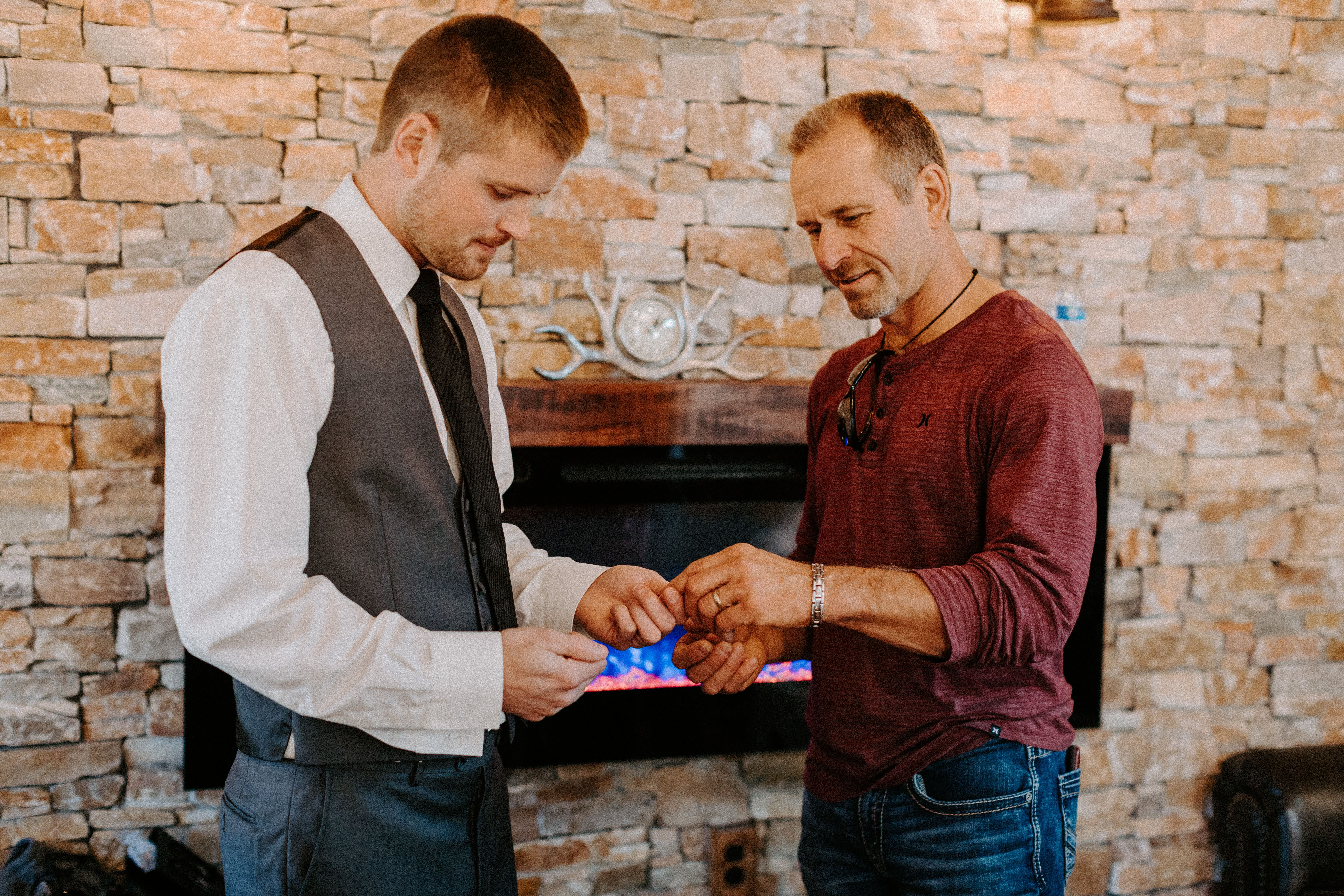 Groom and Father gift giving in grooms room in 2020 | Barn ...