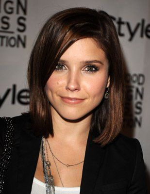 Sophia Bush - hair cut when my hair grows out | Clothes hair jewelry | Pinterest | Coupe mi ...