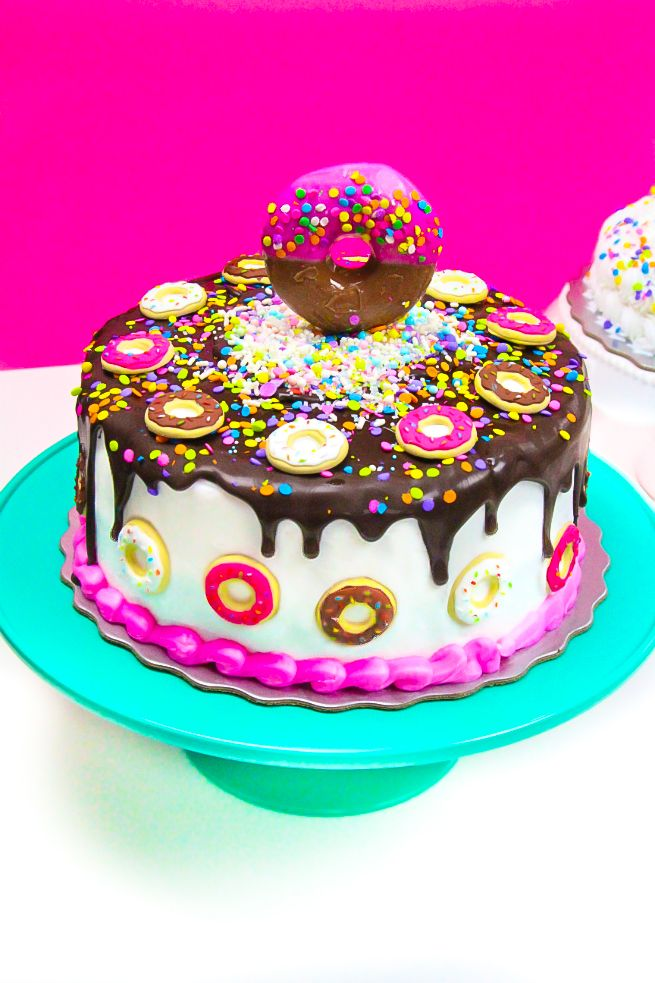 Easy Tasty Treats Grocery Store Cake Hacks Cake hacks Donuts and
