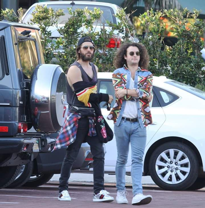 Arriving At The Malibu Chili Cook Off In Malibu Lovefrommars Jared Leto Cook Off Chili Cook Off