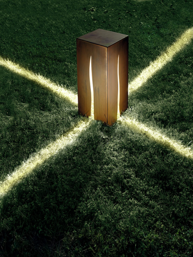 gartenleuchten sch nes licht f r drau en humorvoll gartenleuchte ottavo von karman leuchten. Black Bedroom Furniture Sets. Home Design Ideas