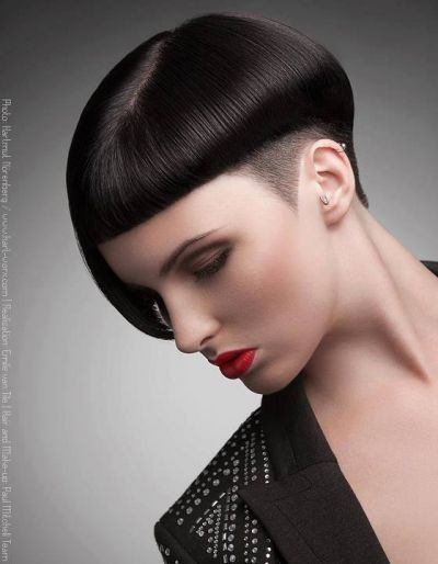 What a lovely rendition of a classy pixie! A lot of women have been shaving their sides but check out this awesome hairstyle with only a portion of the sides shaved and keeping a little length at the top to really give this hairstyle a cool and classy vibe. Very short with bangs yet ohh so feminine and very confident.