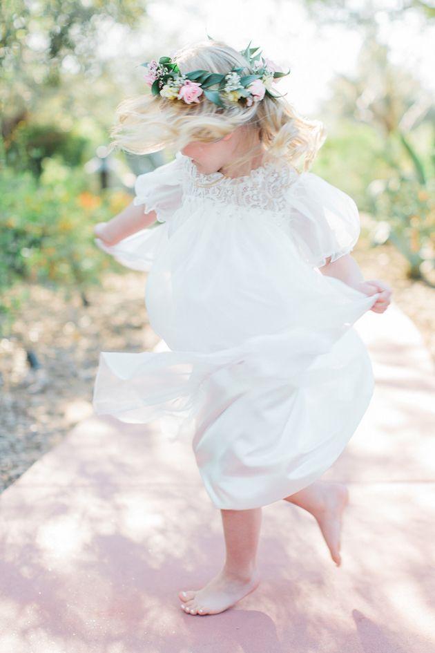 Elegant-Arizona-Outdoor-Wedding-Andrew-Jade-Photography-Bridal-Musings-Wedding-Blog-23.jpg (630×945)