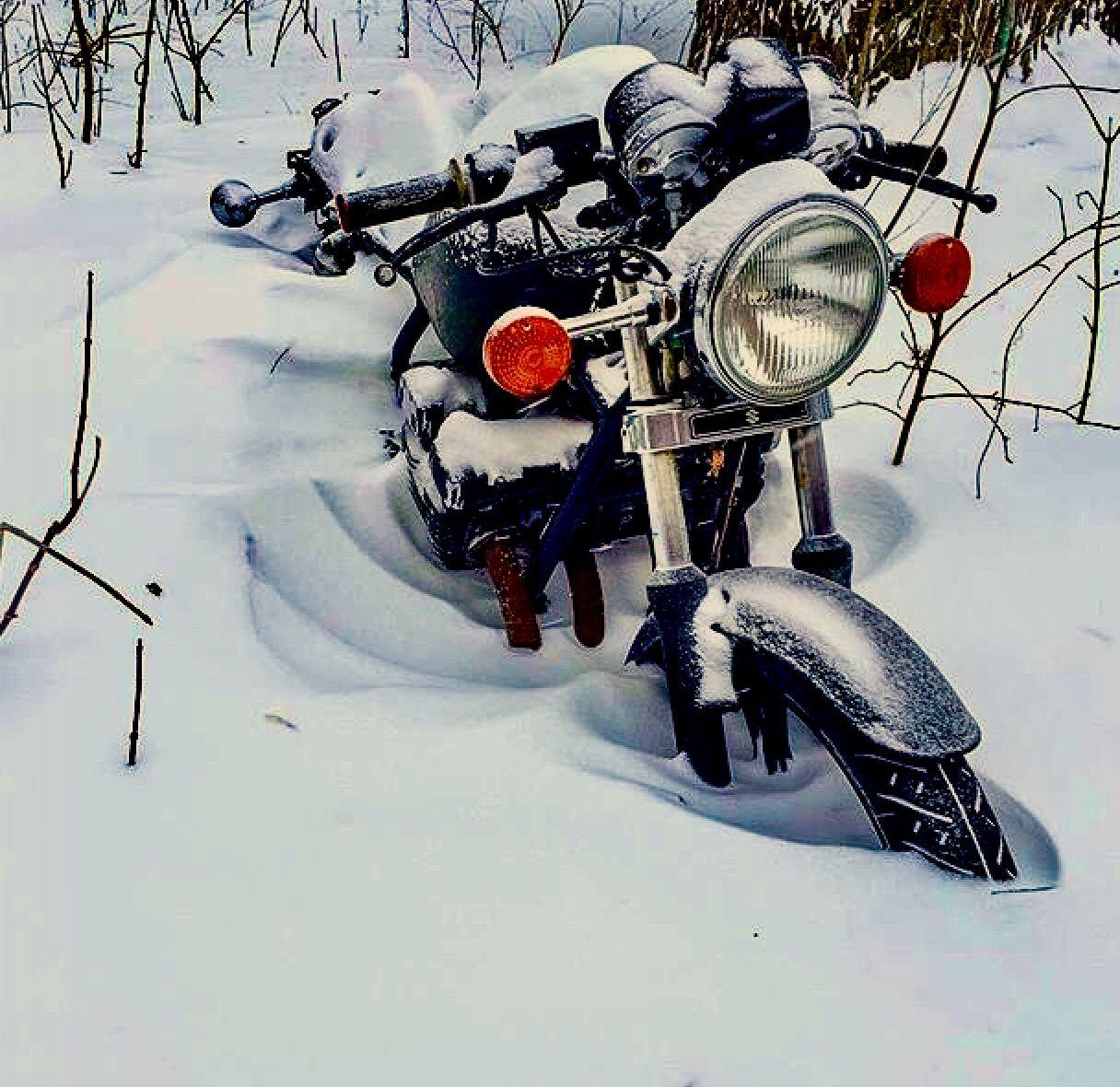 winter einstelldienst f r motorr der chf monat inkl motorrad reinigung gegen aufpreis. Black Bedroom Furniture Sets. Home Design Ideas
