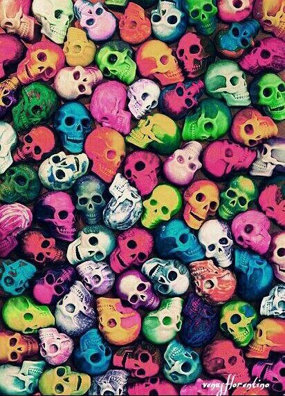 No Se Como Hago Para Obsesionarme Tan Rapido No Es Algo De Lo Que Me Sienta Orgullosa Skull Wallpaper Art Skull Cool color skull wallpaper