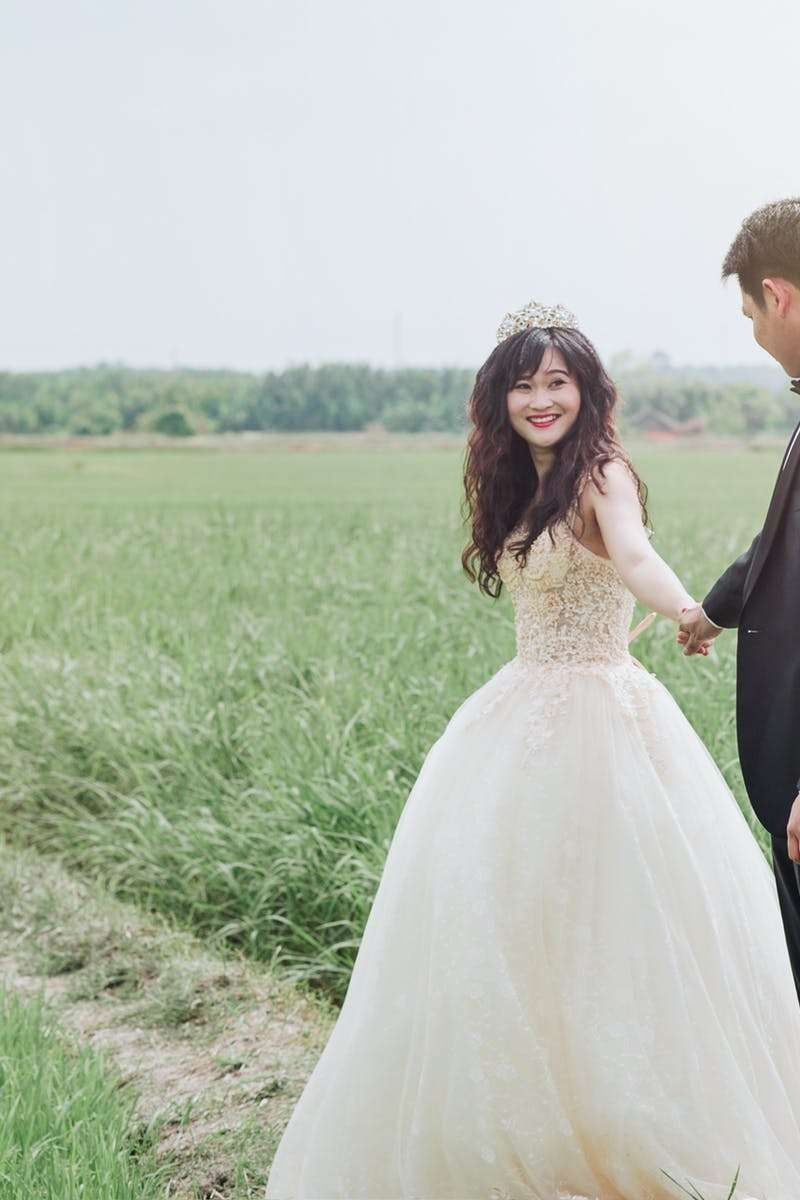 Wear your wedding dress on your anniversary  Bridal Wedding Dress weddinggift  Fantastic Wedding Advice