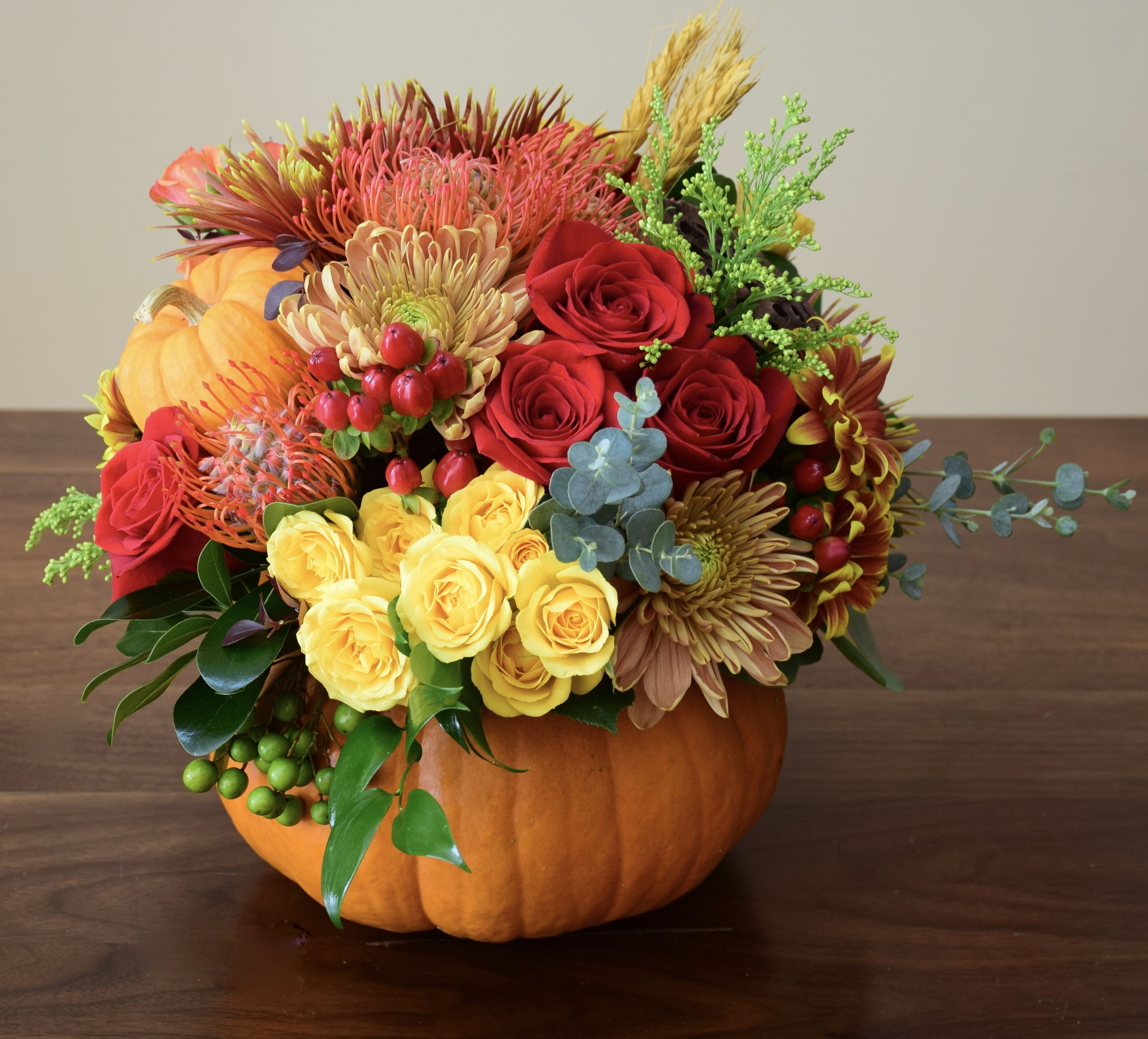 Fresh Flower Pumpkin Flower Arrangements Autumn Decorating