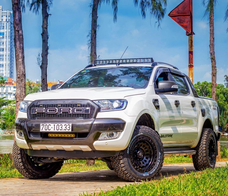 Ford Ranger Wildtrak Fx4 Roof Light Bar Mounting Bracket Ford