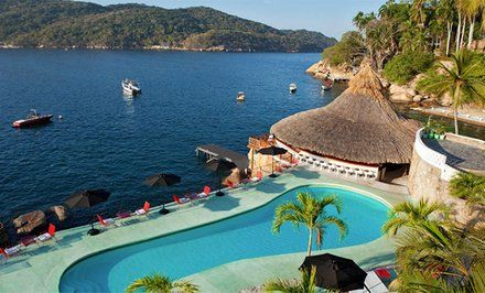 image for Retro Beachfront Hotel in Acapulco
