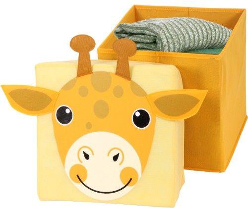 Dieser farbenfrohe Sitz- und Aufbewahrungshocker mit witzigem Motiv einer Giraffe ist ein tolles Accessoire im Kinderzimmer und kann zum Sitzen und Verstauen von Spielzeug und anderen Dingen verwendet werden.    Der Sitzhocker besticht vor allem durch das auffällige Motiv auf der Sitzfläche und die abgesetzten Ohren und Hörner.