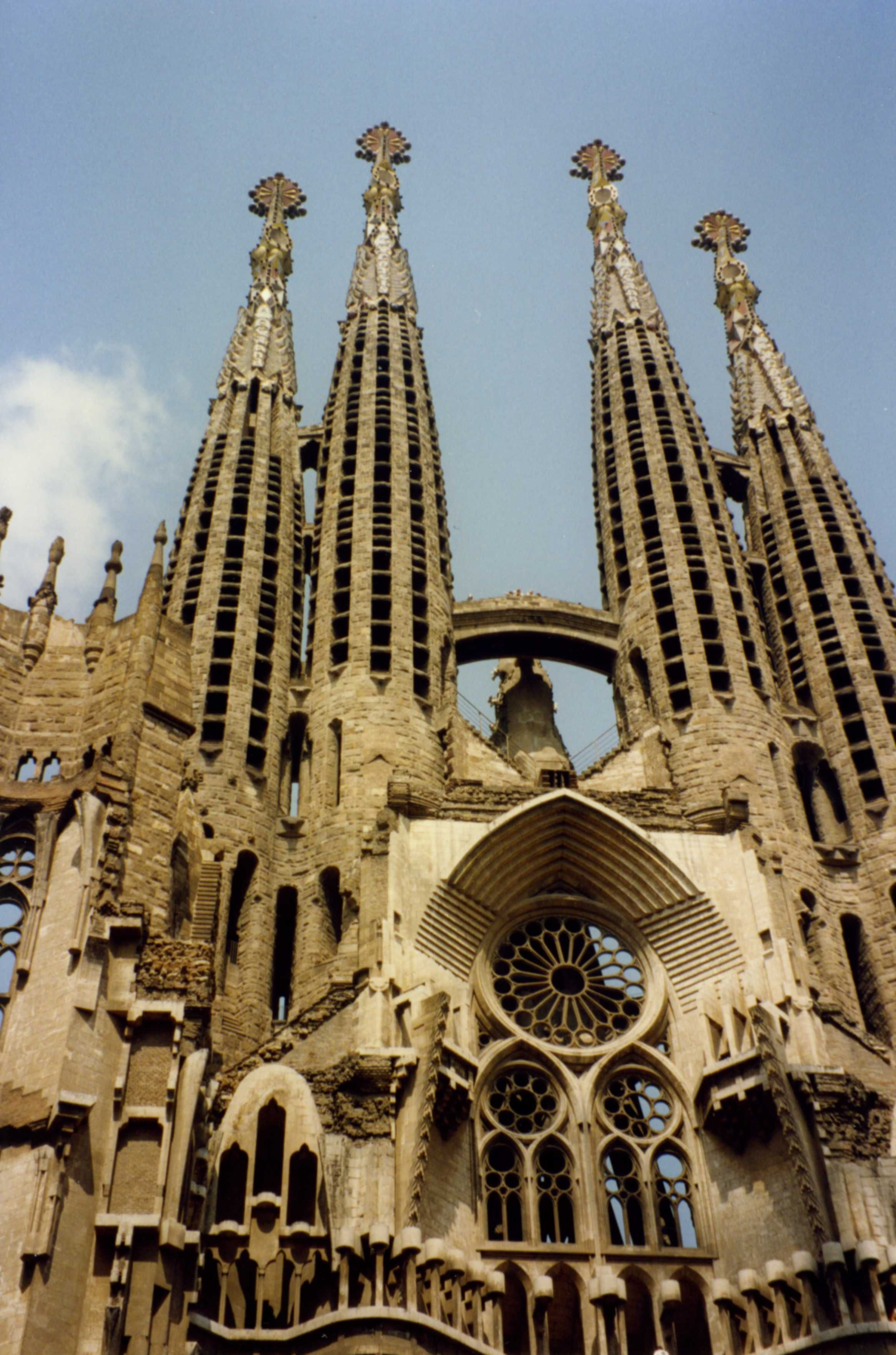 Architecture Of Gaudi 5 Reasons To Book A Trip Barcelona Today