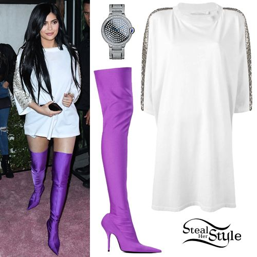 b1d4f1a6221 ... arrived at the PrettyLittleThing  Shape x Stassie Collection Launch  last night wearing Amen SS2017 Couture Oversized T-Shirt ( 936.00 – similar  style)