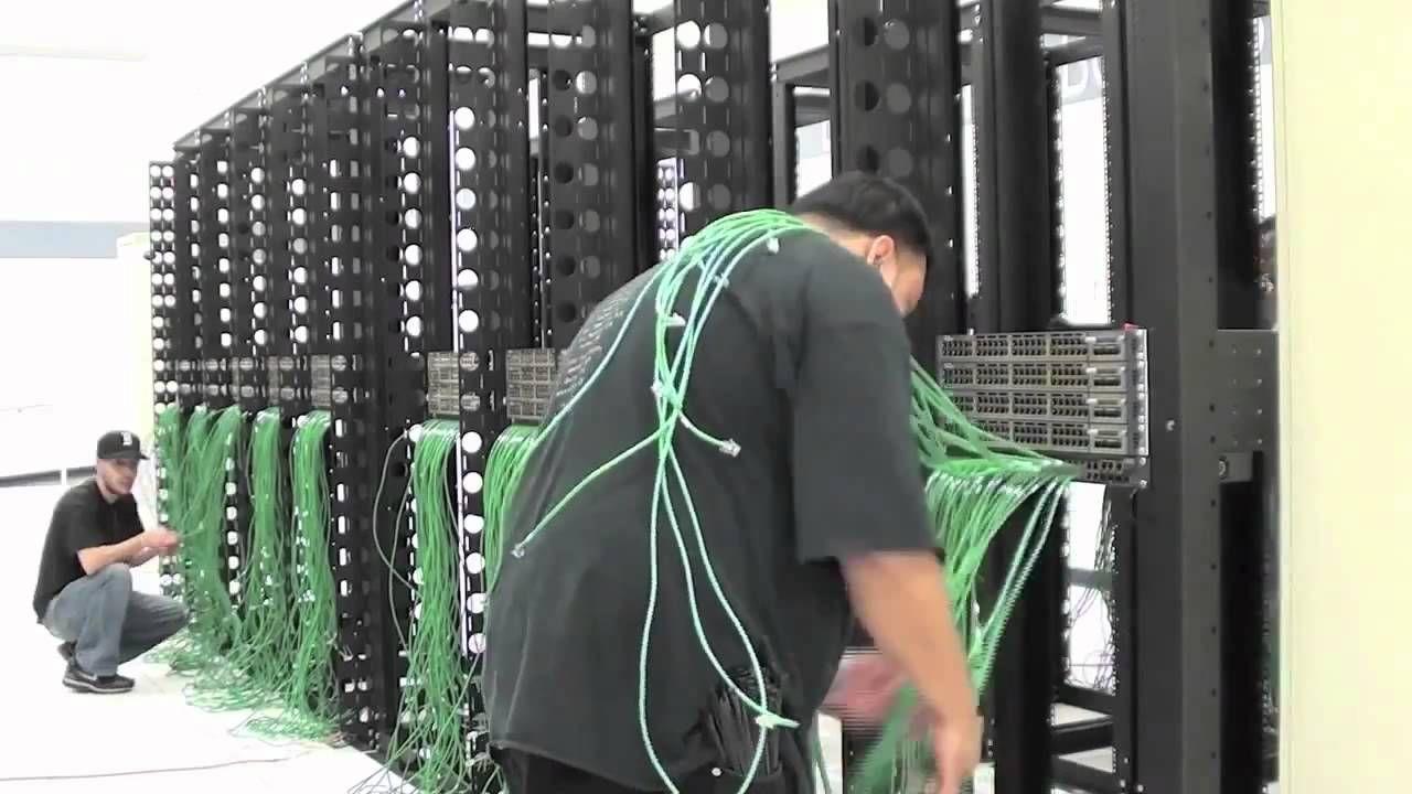 Cabling a SoftLayer Data Center Server Rack Data center