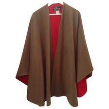 |☆ Follow : CorsetsAndCouture.NET ☆| GENNY Wool coat Size: 44 IT US$155.65