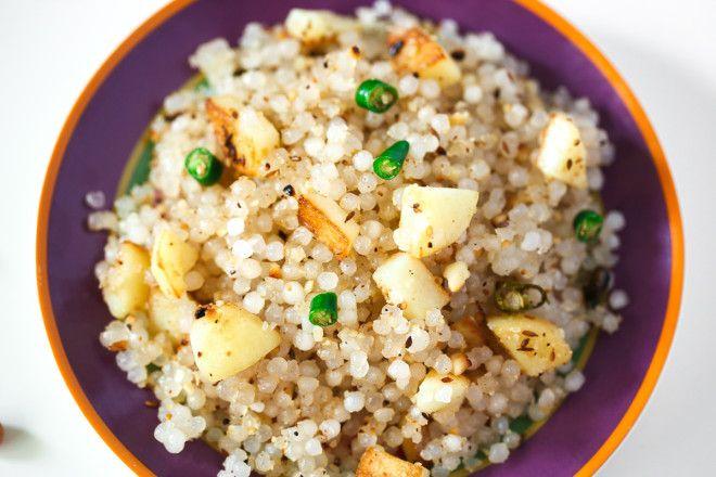 Sabudana Khichdi Recipe- this looks like a delicious breakfast alternative for the hubbie