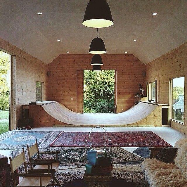 Omg, Imagine Having This In Your House?!?! Bauernhaus WohnzimmerGarage ...