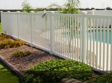 Appealing Cost Of Vinyl Fencing Per Square Foot And Vinyl Fencing Cost Backyard Fences Fence Landscaping Easy Fence