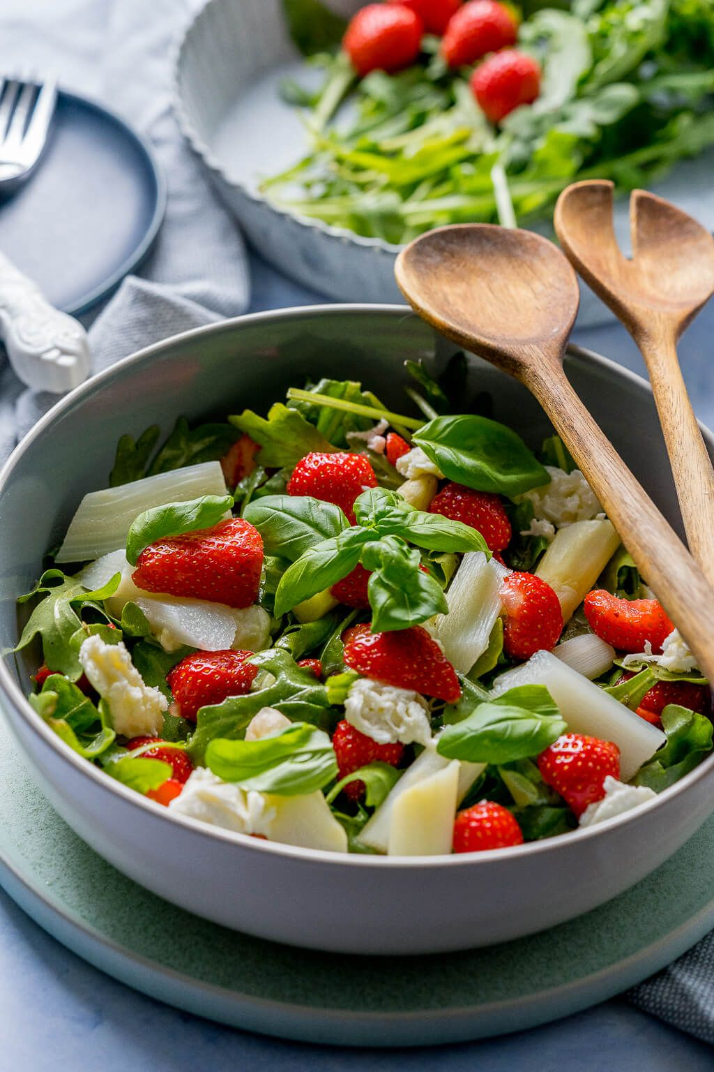 Genialer Spargelsalat mit Erdbeeren - Knallerrezept - Einfach Malene