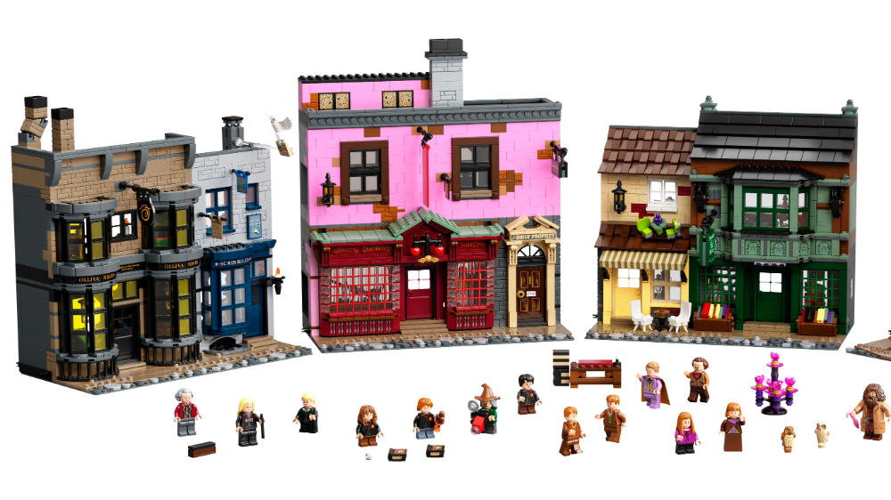 Apparate To Diagon Alley With This 5544 Piece Harry Potter Lego Set Harry Potter Lego Sets Lego Harry Potter Lego
