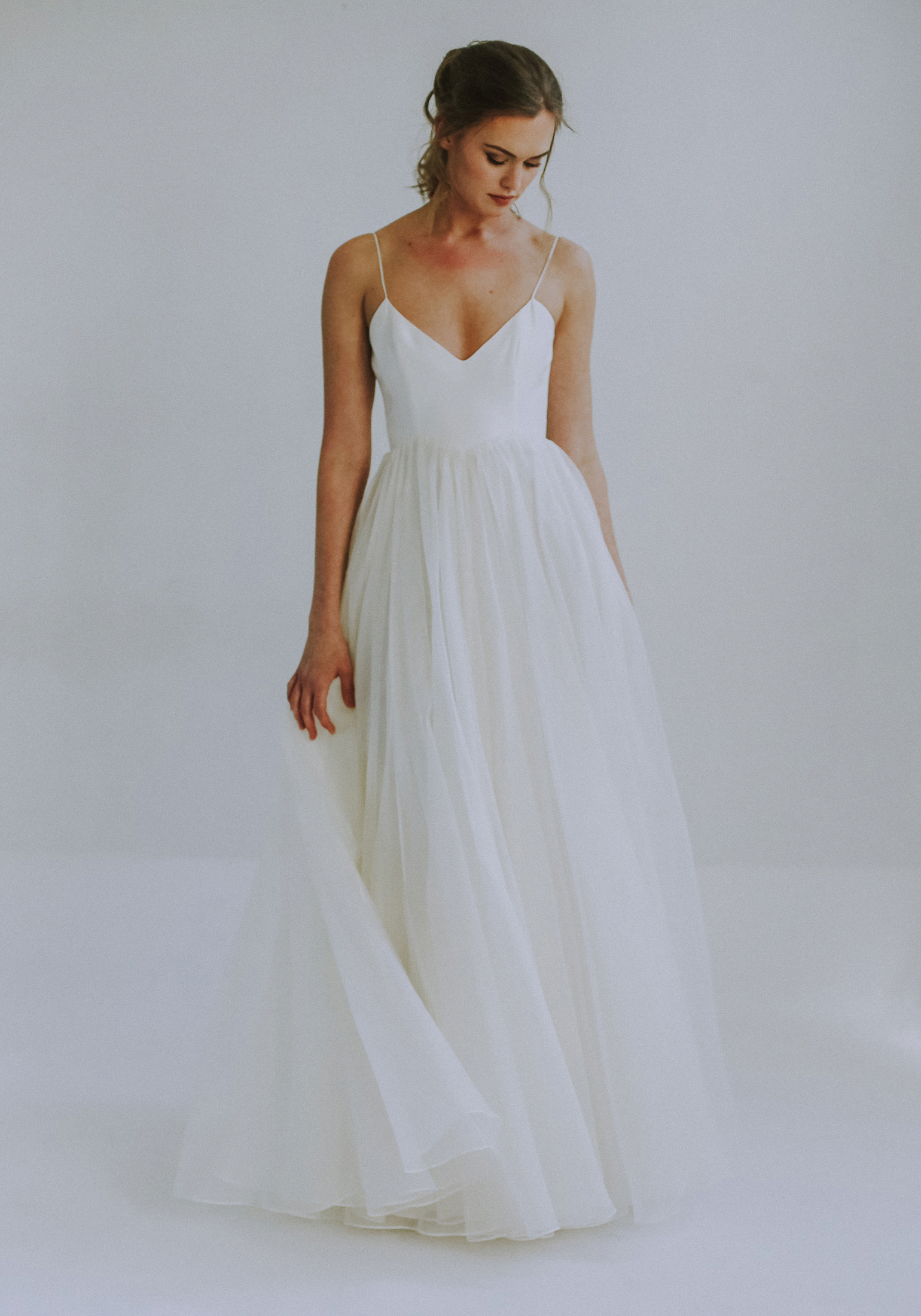 Simple White Wedding Dress Weddinggown In 2020 A Line Wedding Dress Wedding Dresses Simple Bridal Gowns