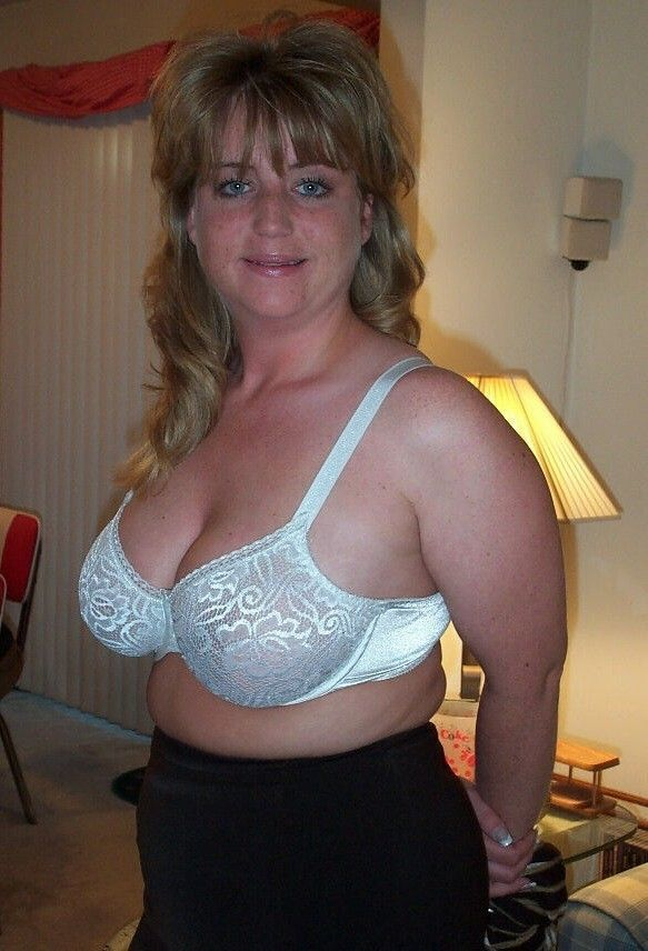 eyed blonde milf Blue mature