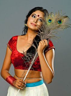 Actress Arundhati New Photo Shoot Latest Telugu Movie Wallpapers And Images Actresses Bollywood Images Indian Actresses