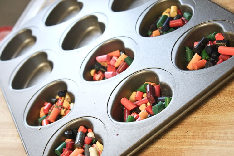 recycle those old crayons & make heart shaped valentines
