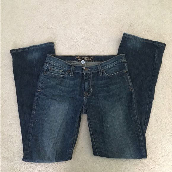 Abercrombie & Fitch Bootcut Jean Bootcut; Medium wash; Stretch; Regular length; Medium Rise; 99% cotton 1% spandex. Abercrombie & Fitch Jeans Boot Cut