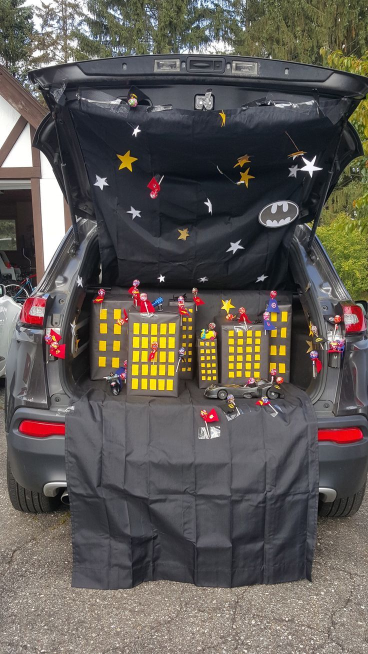 Superhero Trunk Or Treat Batman Toys Wonder Woman Spiderman