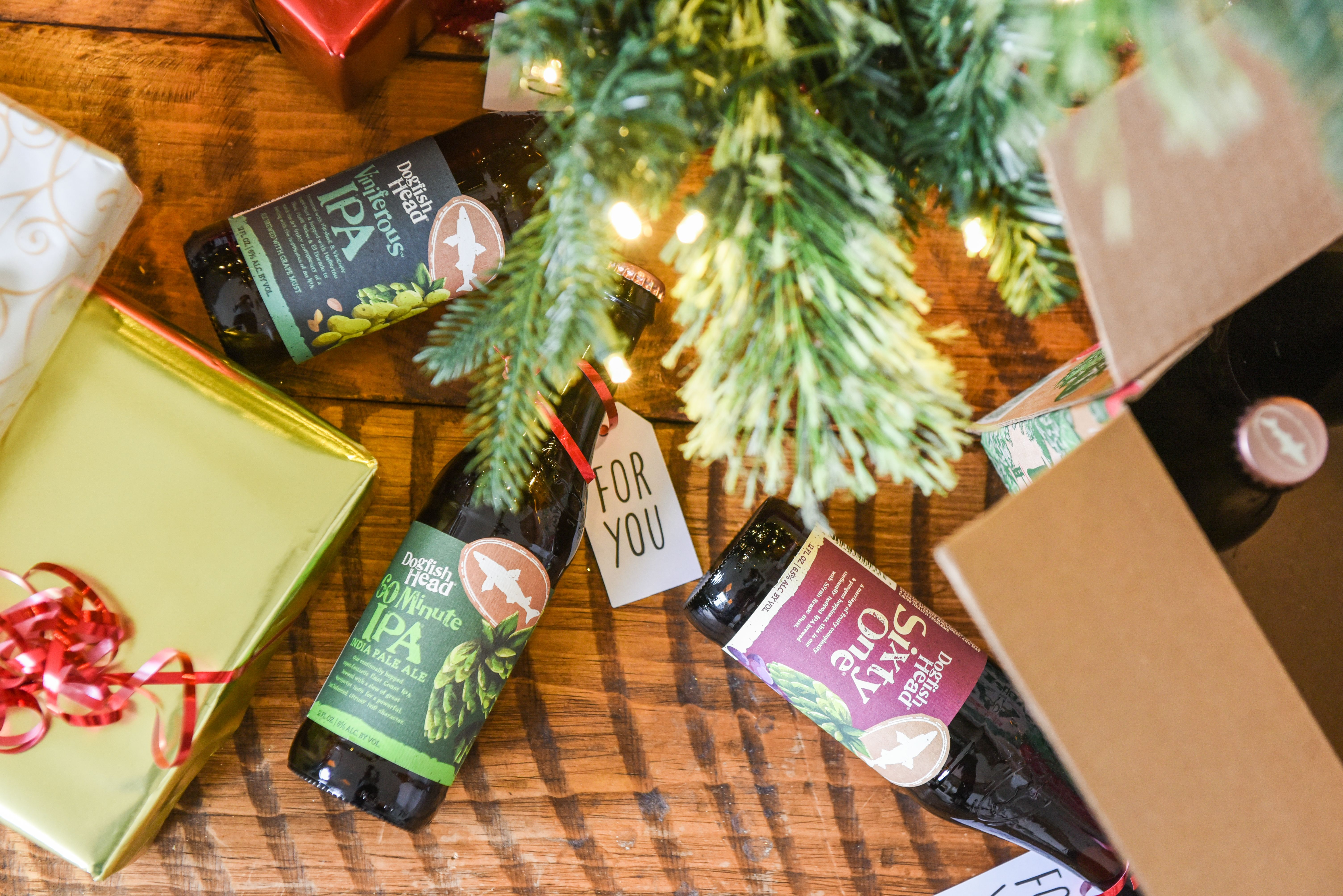 Dogfish Head Releasing Ipas For The Holidays Variety 12 Pack Mybeerbuzz Com Bringing Good Beers Good People Together Dogfish Head Holiday Packing Holiday