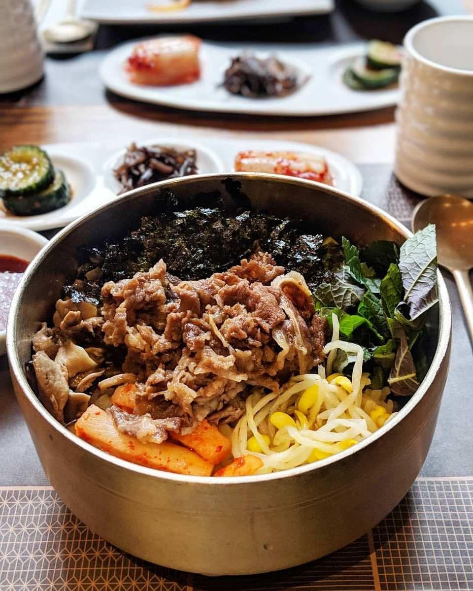 Best Asian Restaurants In Hong Kong 10 Best Chinese Japanese Korean Restaurants In Hong Kong You Must Visit Page 2 Of 2 Living Nomads Travel Tips G Cantonese Cuisine Asian Restaurants Korean Restaurant