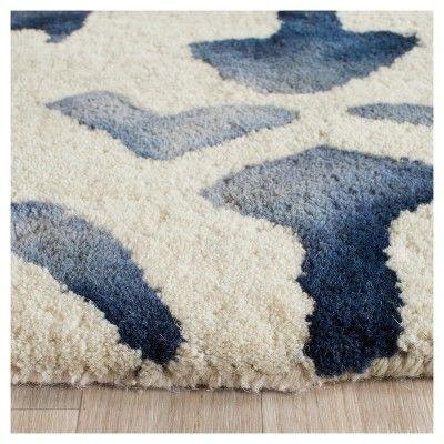 Garred Area Rug - Ivory/Navy (Ivory/Blue) (7'x7' Round) - Safavieh