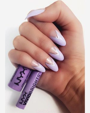 ...Lavender Love... ... @nailhur @nyxcosmetics #nailhur #nyxcosmetics #lavenderlove #liquidsuede #vividbrights #nailedit #freshnails #stilettonails