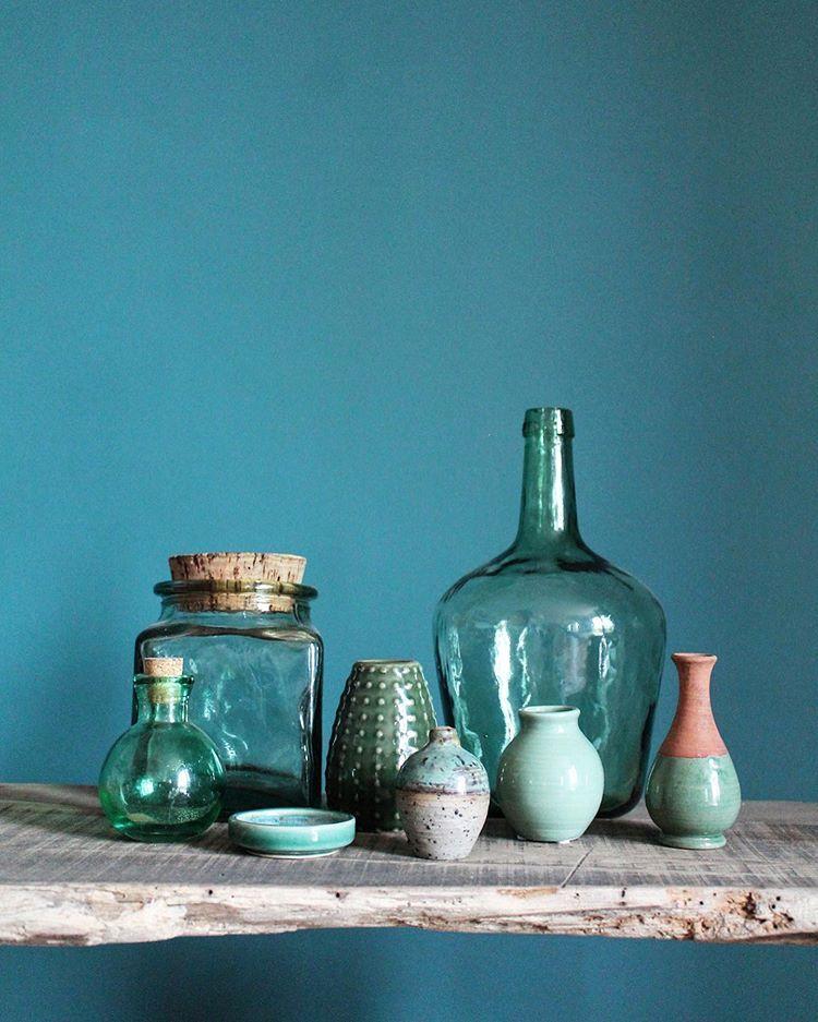 Que dites-vous de recevoir vos proches avec de jolies tasses vintage ?  L'instant n'en sera que plus délicieux. Découvrez la sélections de nos vendeurs sur notre site ! . #repost de @bontemps_fabrique_a_reveries . #labelemmaus #decovintage #emmausfrance #emmaus #tassevintage #vaisselle  #vaissellevintage #decochinee #brocante #brocanteenligne #vintage #porcelaineancienne #decorationinterieur #chinersolidaire #decorationvintage #chiner
